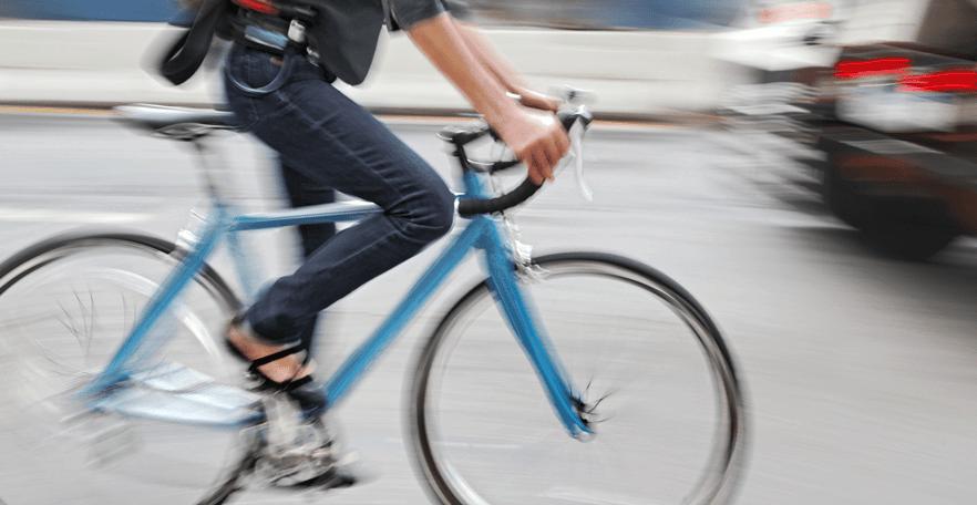 He tenido un accidente yendo en bici.  ¿Cómo puede ayudarme el seguro de hogar?